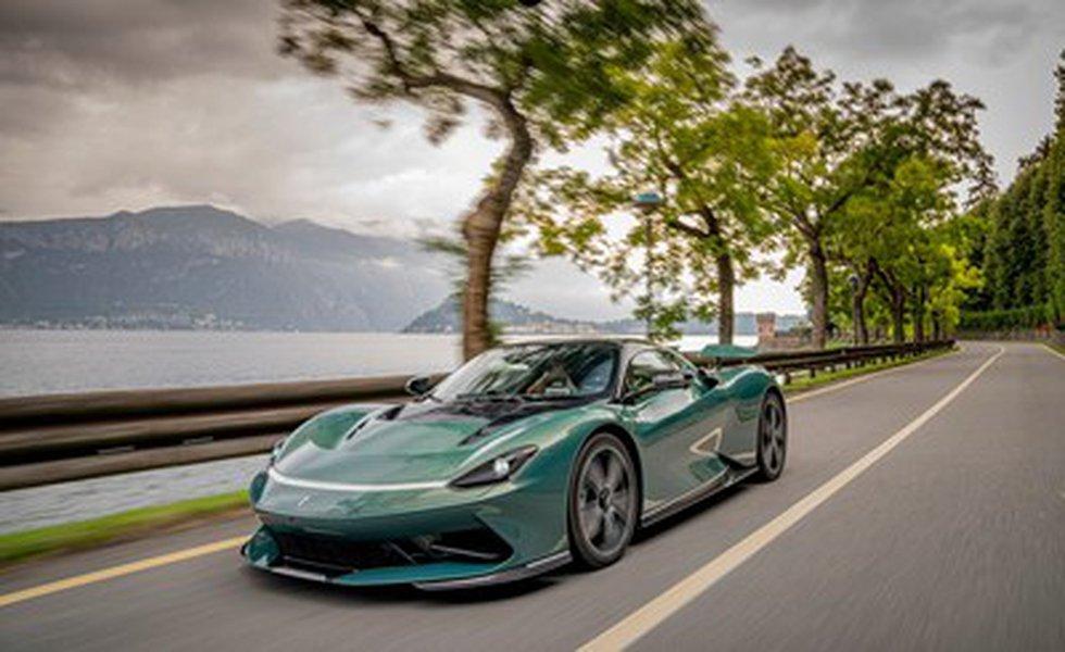 Verde Paradiso Battista - Villa d'Este 2 (PRNewsfoto/Automobili Pininfarina)