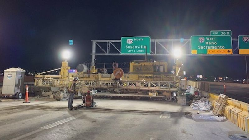 Crews work on extracting old concrete from I-580.