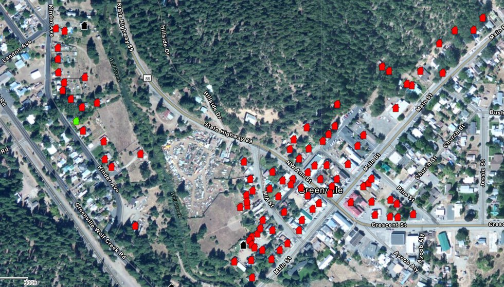 Map shows Dixie Fire structure status.