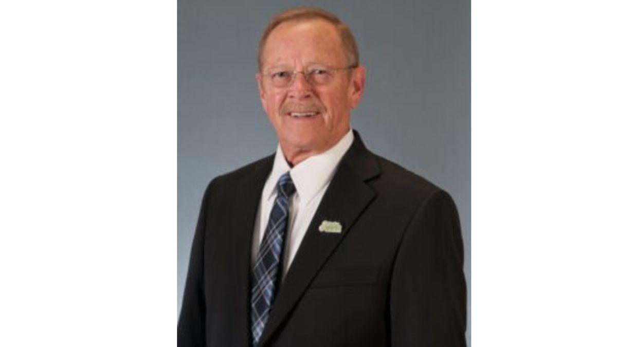 Sparks Mayor Ron Smith