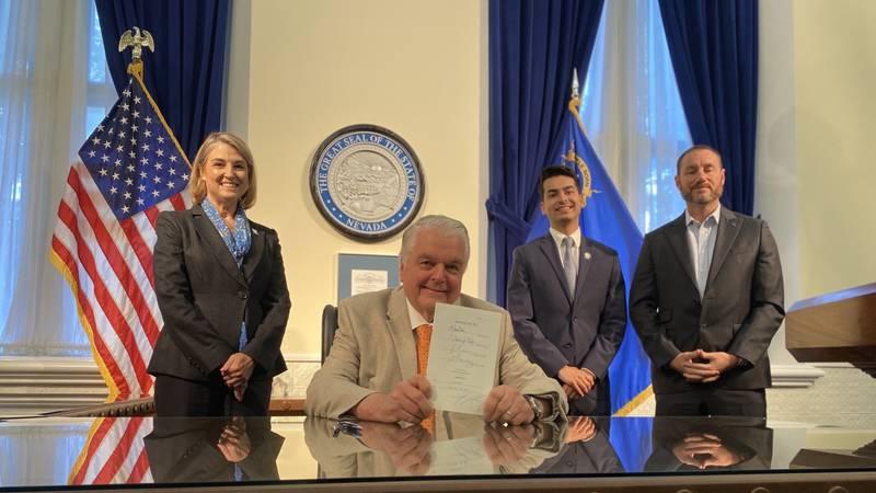 "Gov. Sisolak signs Senate Bill 52 into law, establishing a voluntary, locally-led ""Dark Sky..."