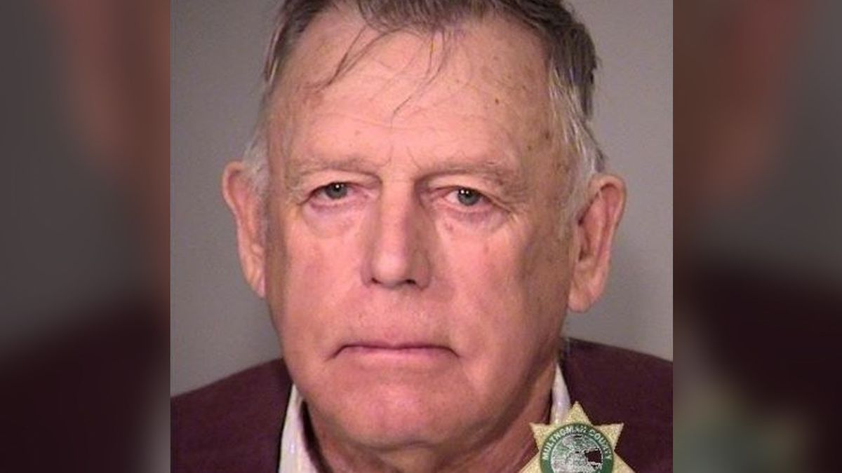 Cliven Bundy arrested by FBI in Portland, Photo Date: 2016 Photo: Multnomah County Sheriff