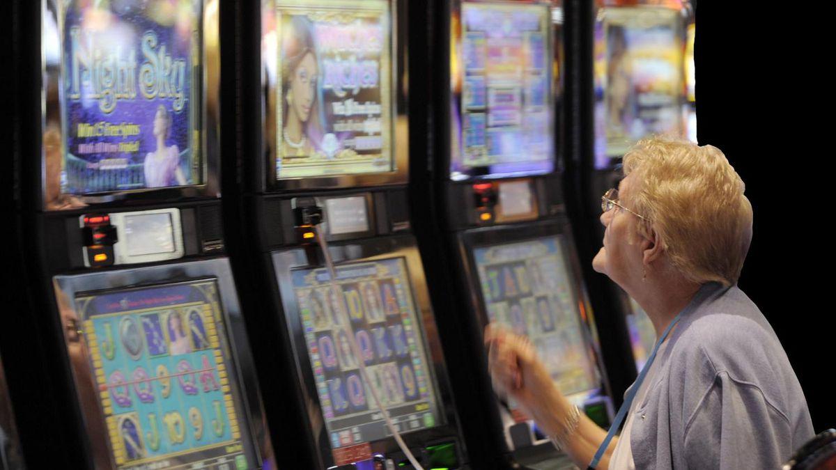 Vegas Wins Slot Machine
