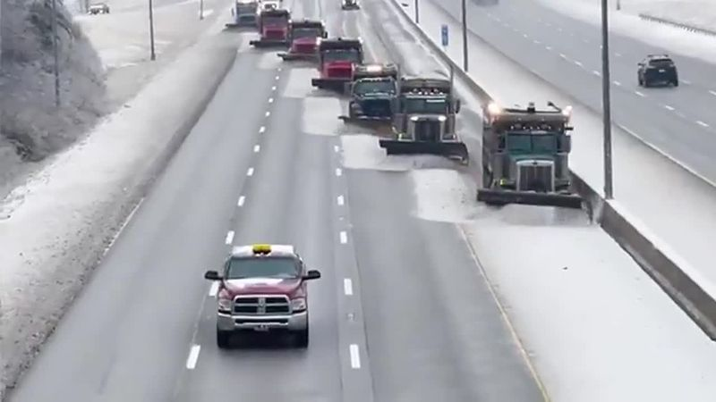 Crews clear I-75 in Fayette County, Kentucky.