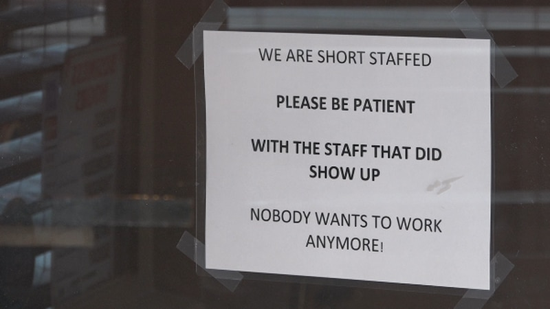 Staff shortage impacts local restaurant's operations