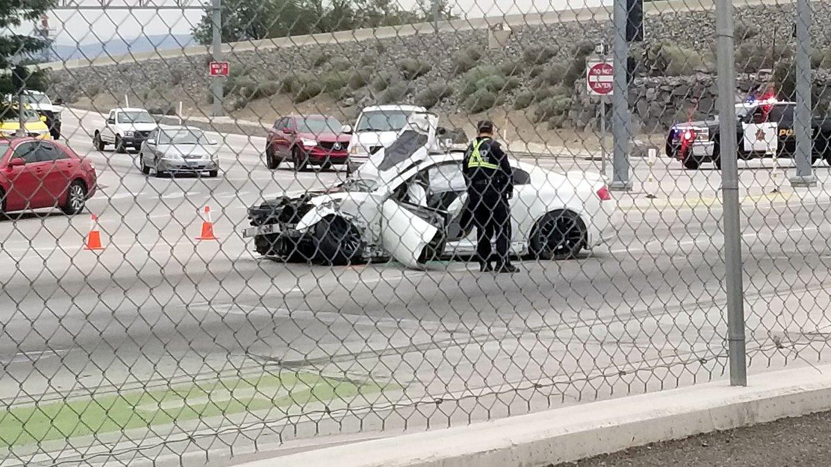 James provided this photograph of Moana Lane crash involving an Infiniti G35.